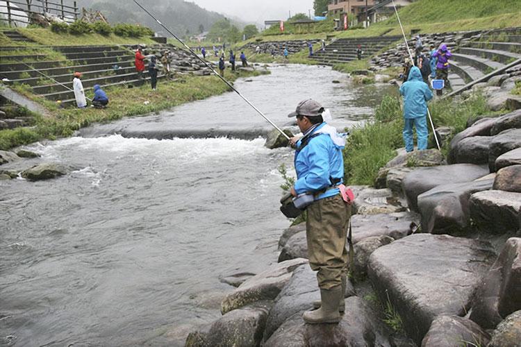 渓流釣り(売木村)